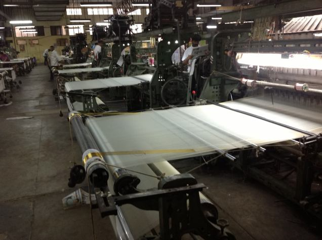 Weaving silk and zari